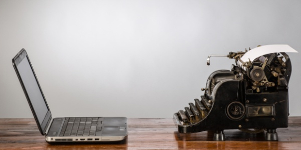 99 Reasons Why A Typewriter Is Better Than A Computer!!