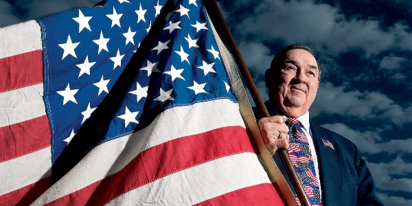 How A 17-Year-Old Designed the Current US Flag for a School Project… And Got a B-