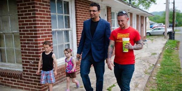 Former KKK Member Changed By Friendship
