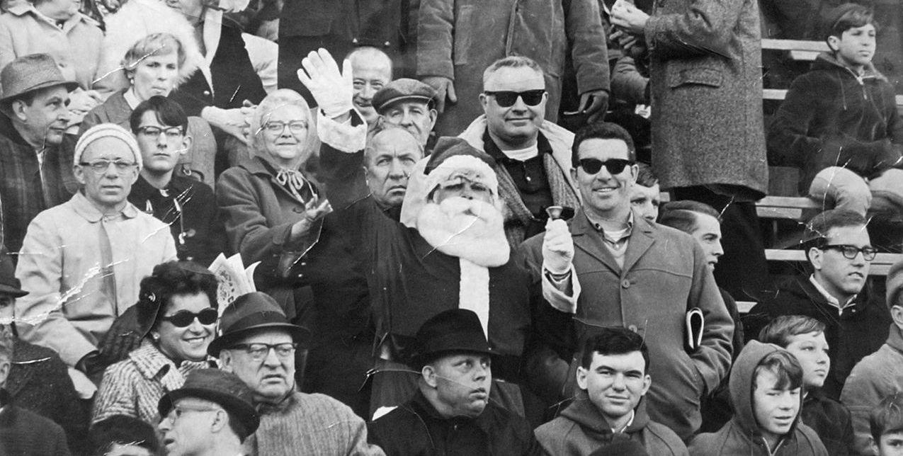 No! No! No! Who the Hell Boos Santa Claus?!