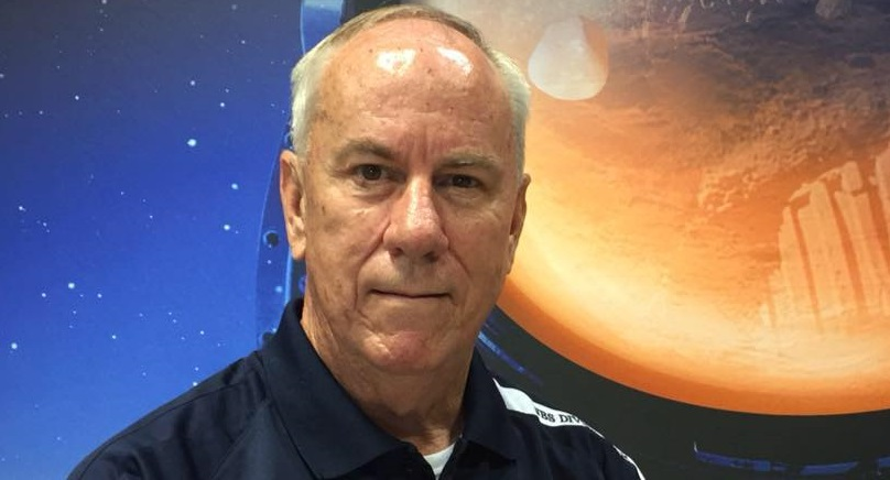 The Man Who Hung Out With Astronauts: Craig Sumner, NASA Engineer