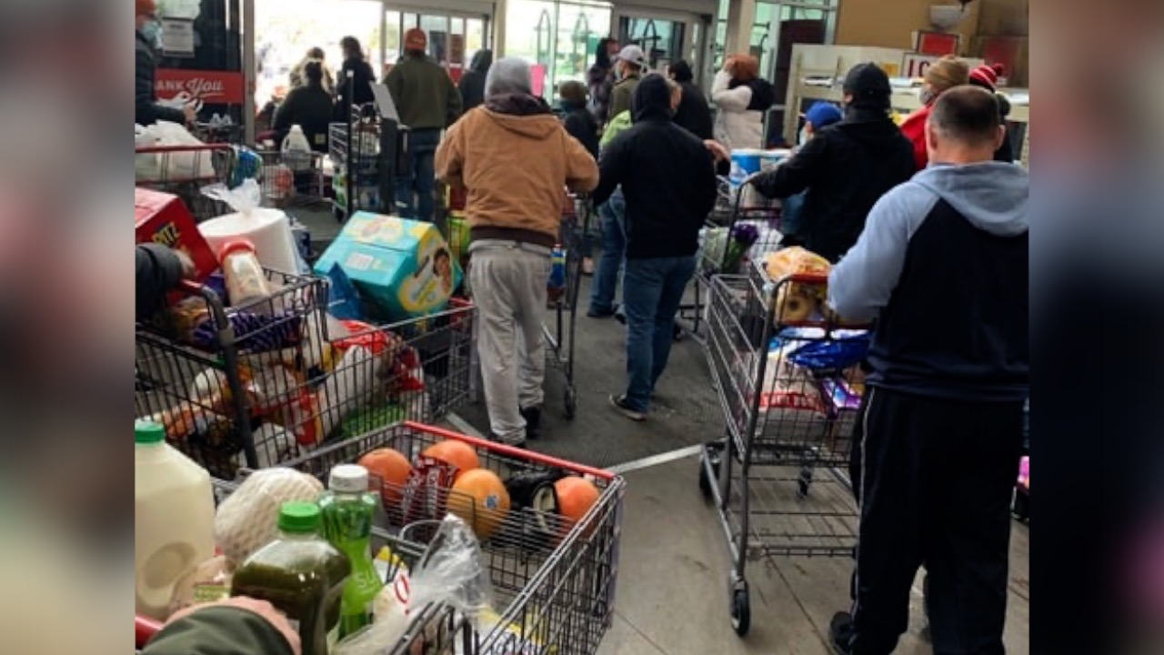 The Heart of America: TX Grocery Store Lets Customers Leave Without Paying